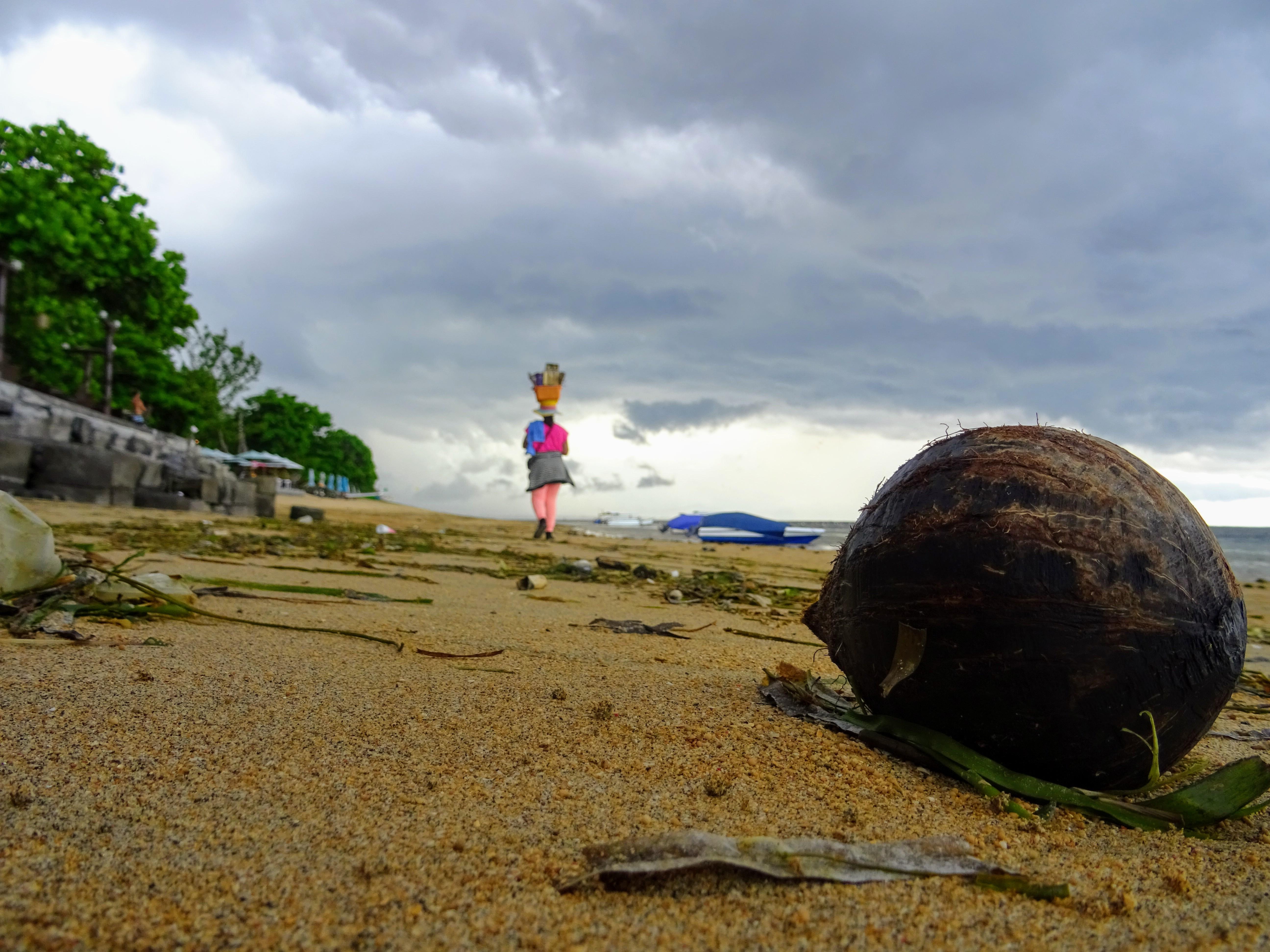 I když se každý den místní i turisté snaží pláže uklízet, vždycky na nich nějaké ty odpadky najdeme © Filip Altman