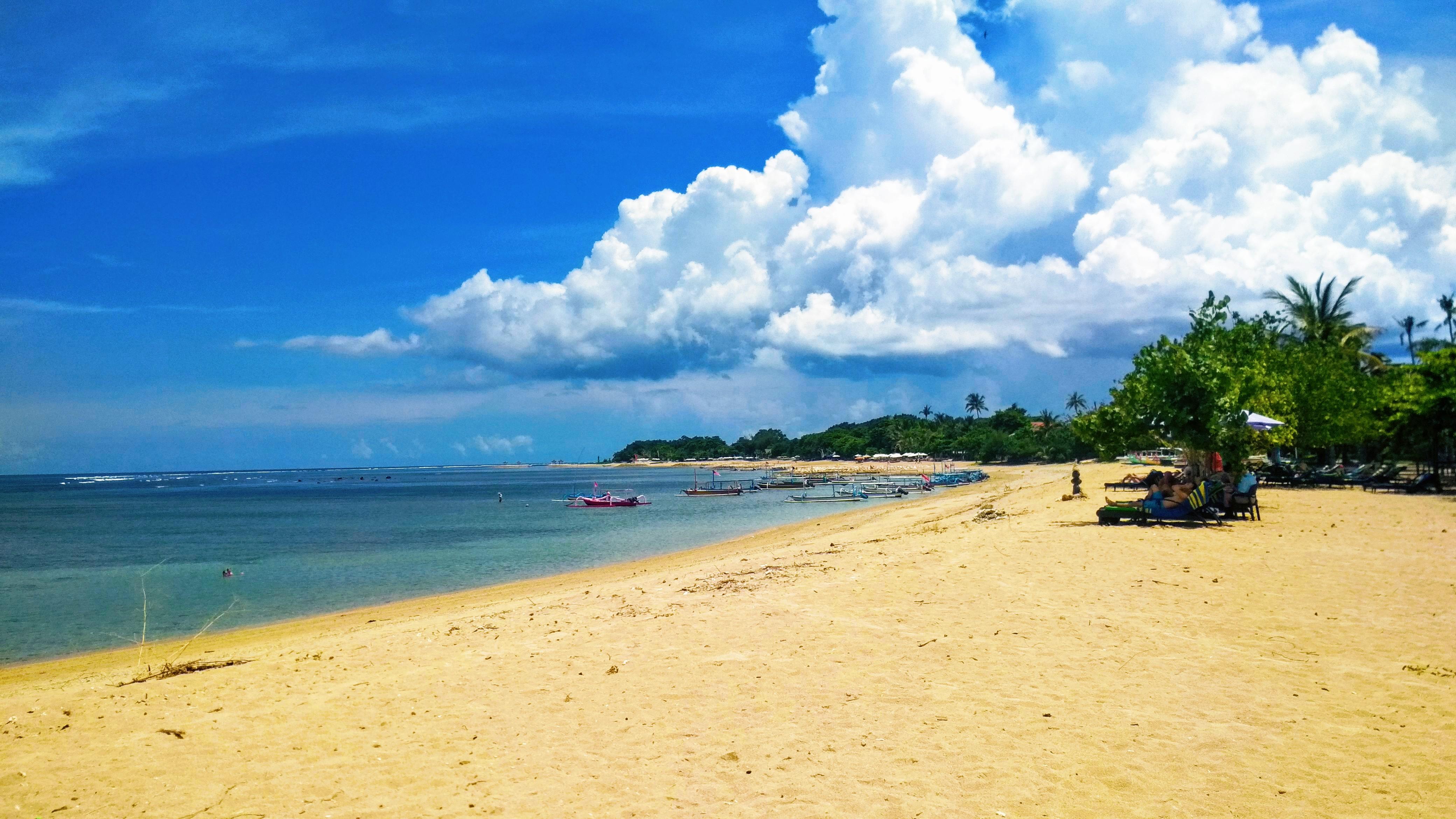 Sanur je klidná destinace s příjemnými plážemi © Filip Altman